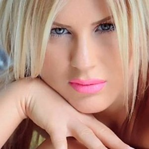 Lori Loreta Kacka