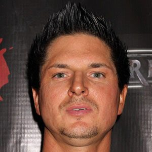 Zak Bagans Bio Age Net Worth Siblings Height Weight Wiki Facts And Family