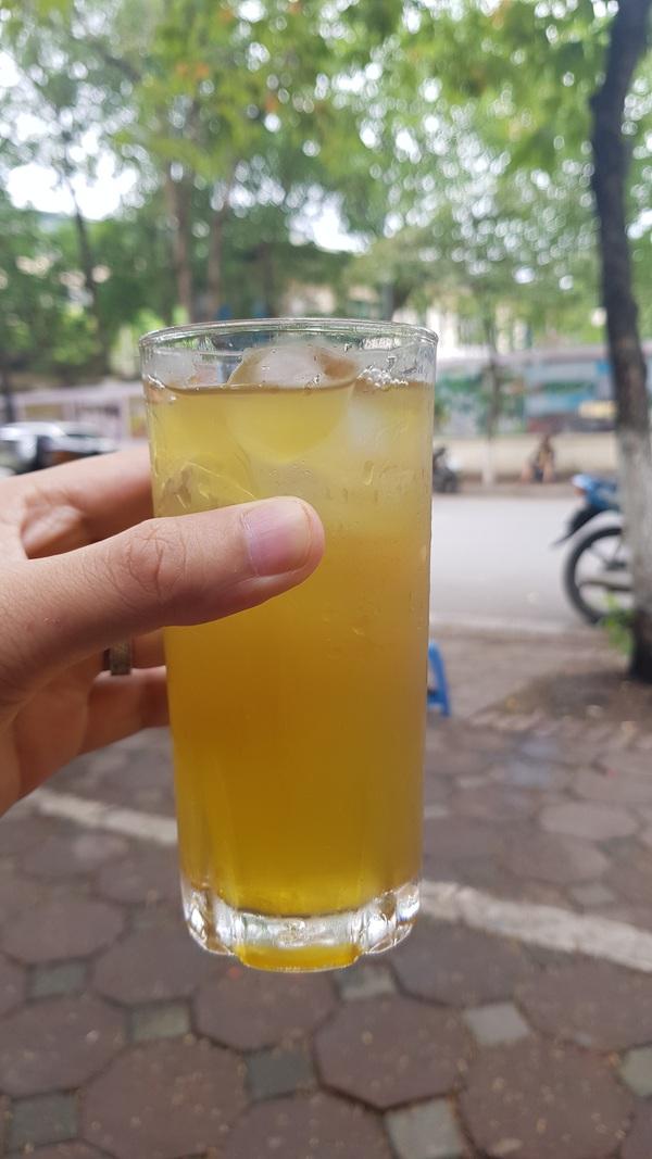 Nguyễn Anh Tuấn- Hà Nội trà đá vỉa hè
